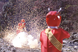 Red Ranger fights against evil duplicate